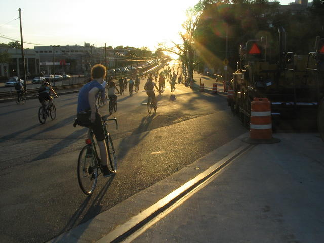 Critical Mass Aug05 062.jpg